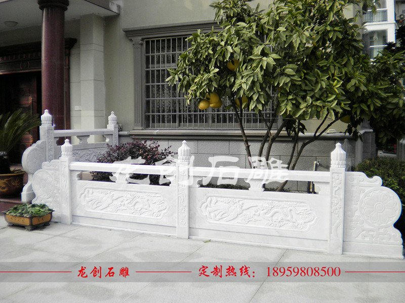 汉白玉栏杆一米多少钱 汉白玉石雕栏杆价格